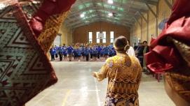Powhiri welcome Huriharama School 20170404_094328